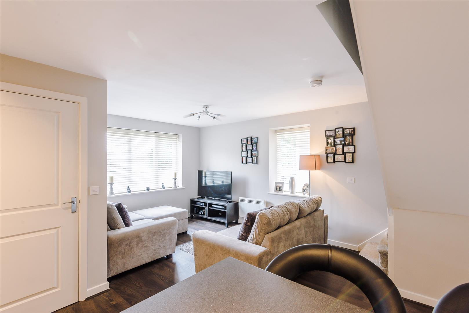 2 Bedroom Terraced House Sale Agreed Image 4